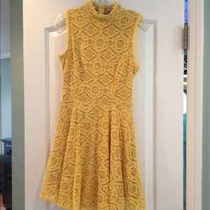 City Studio size 3, yellow dress